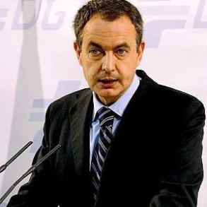 """Zapatero apoyará con """"todas las medidas que sean razonables"""" a los sectores más afectados por la subida del petróleo"""
