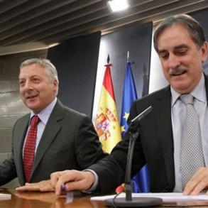 El Gobierno prorroga por seis meses la ayuda de 400 euros para parados sin ingresos