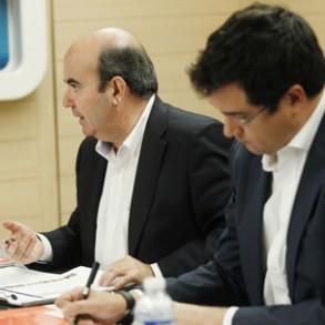 """El PSOE reitera al Gobierno su """"disposición"""" a consensuar las leyes de Régimen y Haciendas Locales, y le advierte de que los socialistas """"no aceptaremos ninguna imposición"""""""