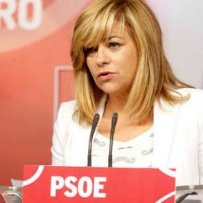 Elena Valenciano lleva hasta la UE la denuncia por cuchillas en la valla de Melilla