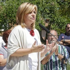 """ELENA VALENCIANO: """"Si Rajoy, Merkel y la derecha europea ven refrendada en las urnas su política habrá más sufrimiento para los trabajadores, las mujeres y los jóvenes"""""""