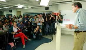 Javier Fernández durante la rueda de prensa